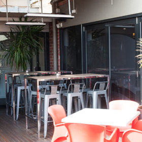 Jokers Geelong alfresco dining area